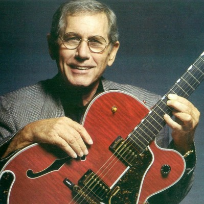 chet atkins 1990s round glasses
